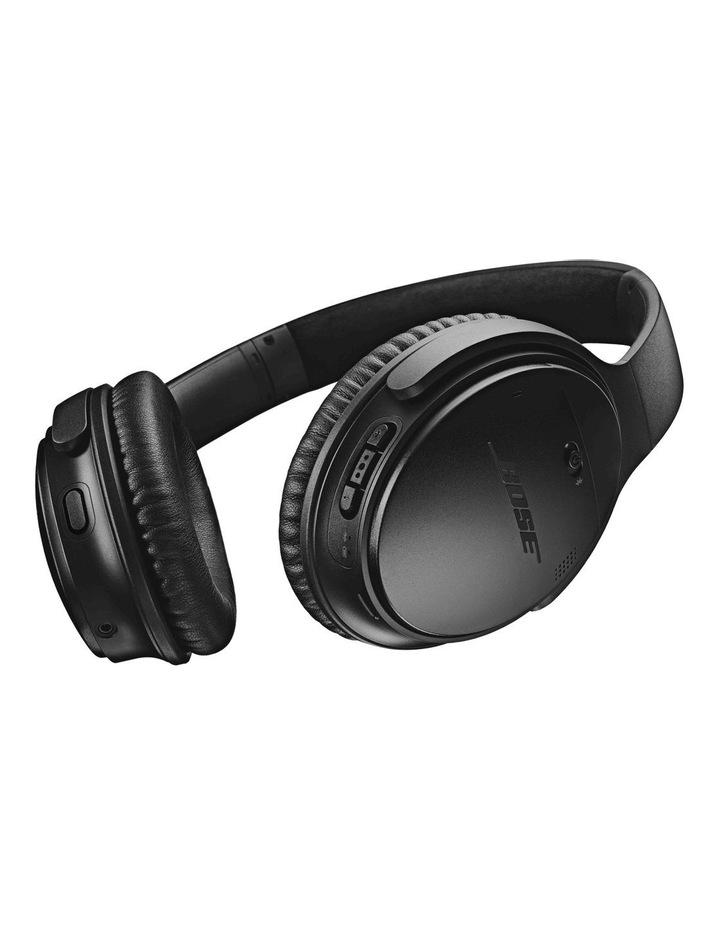 QuietComfort QC35 Wireless Headphones II - Black image 4