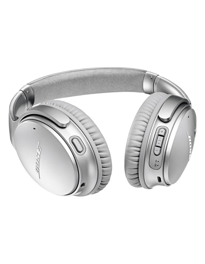 QuietComfort QC35 Wireless Headphones II - Silver image 6