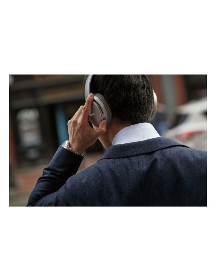 QuietComfort QC35 Wireless Headphones II - Silver image 6