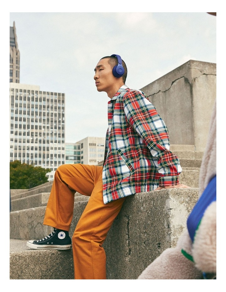 Solo Pro Wireless Noise Cancelling On-Ear Headphones - More Matte Collection Dark Blue image 6