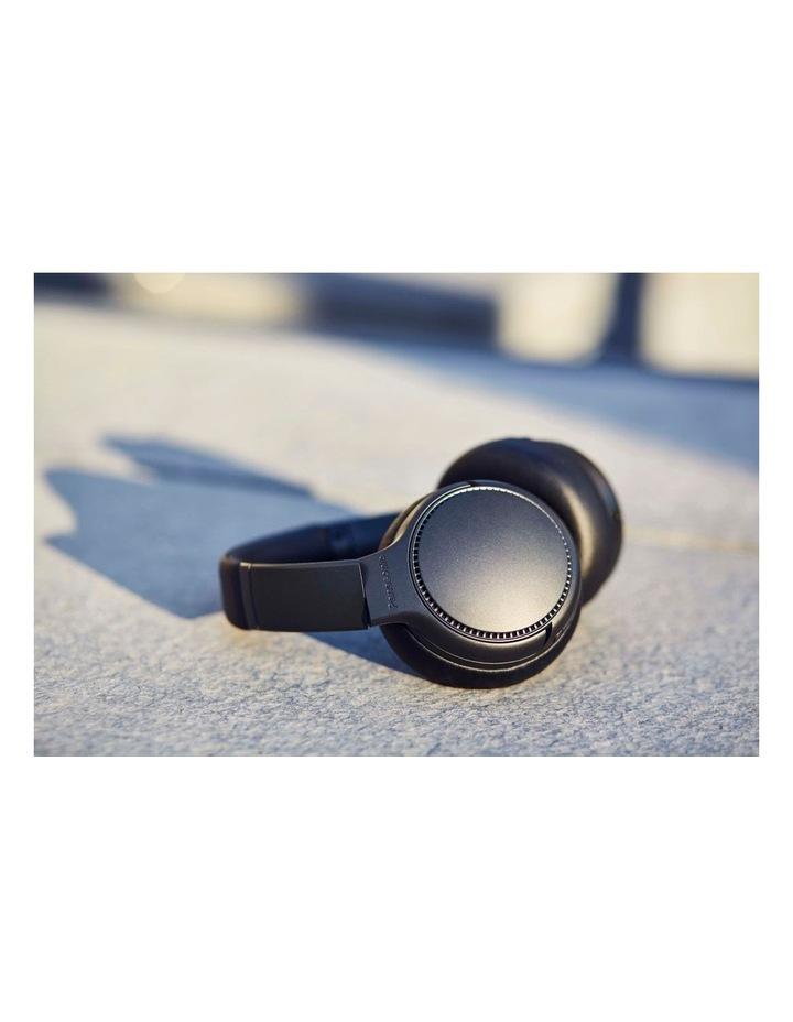 Deep Bass Black Wireless Headphones image 2