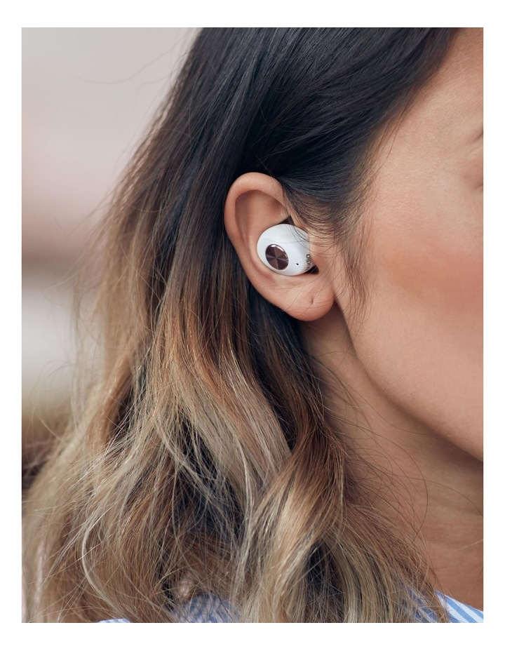 TOLV Wireless Earphones White image 5
