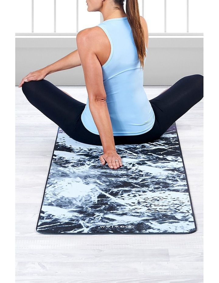 6mm Two Sided Yoga Mat With Sling - Dark Marble image 3