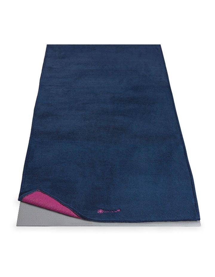 Grippy Yoga Mat Towel in Navy/Pink image 2
