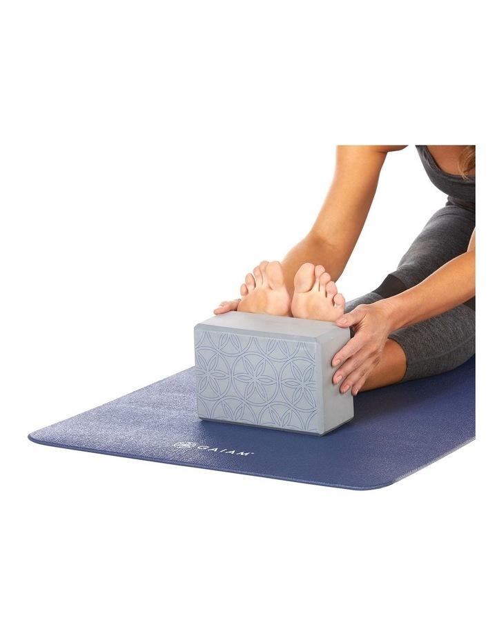 Printed Yoga Block/Strap Combo in Grey image 5