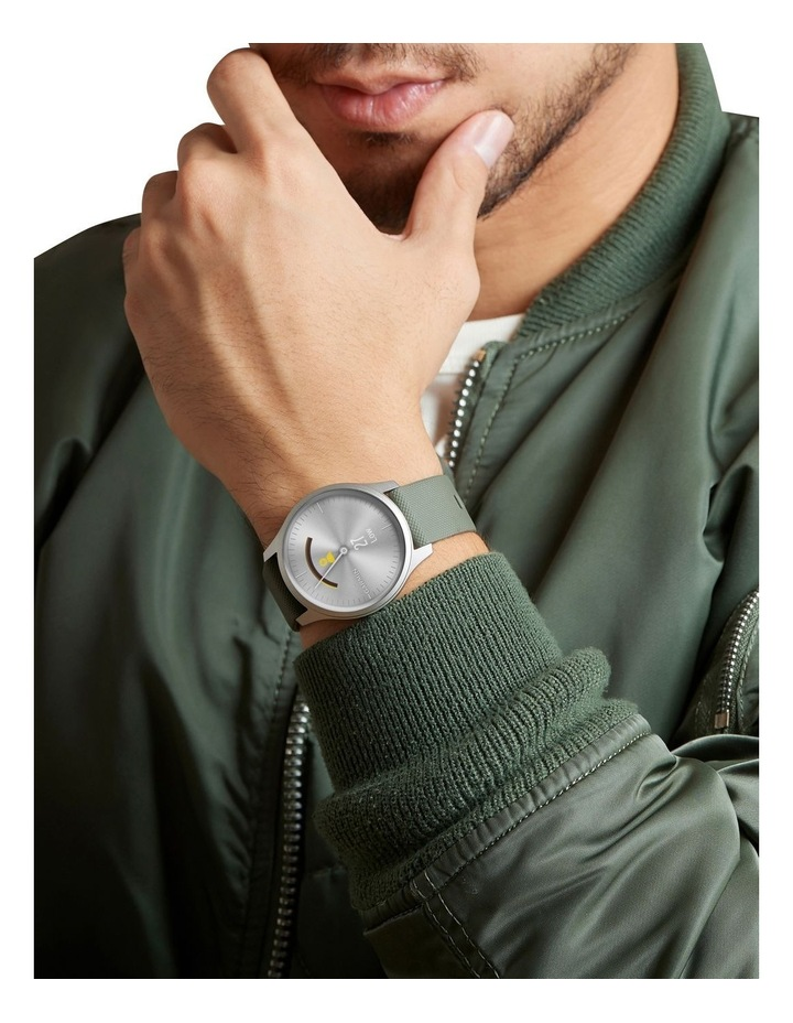 Vivomove Style Hybrid Smartwatch 42mm In Black With Fabric Band image 7