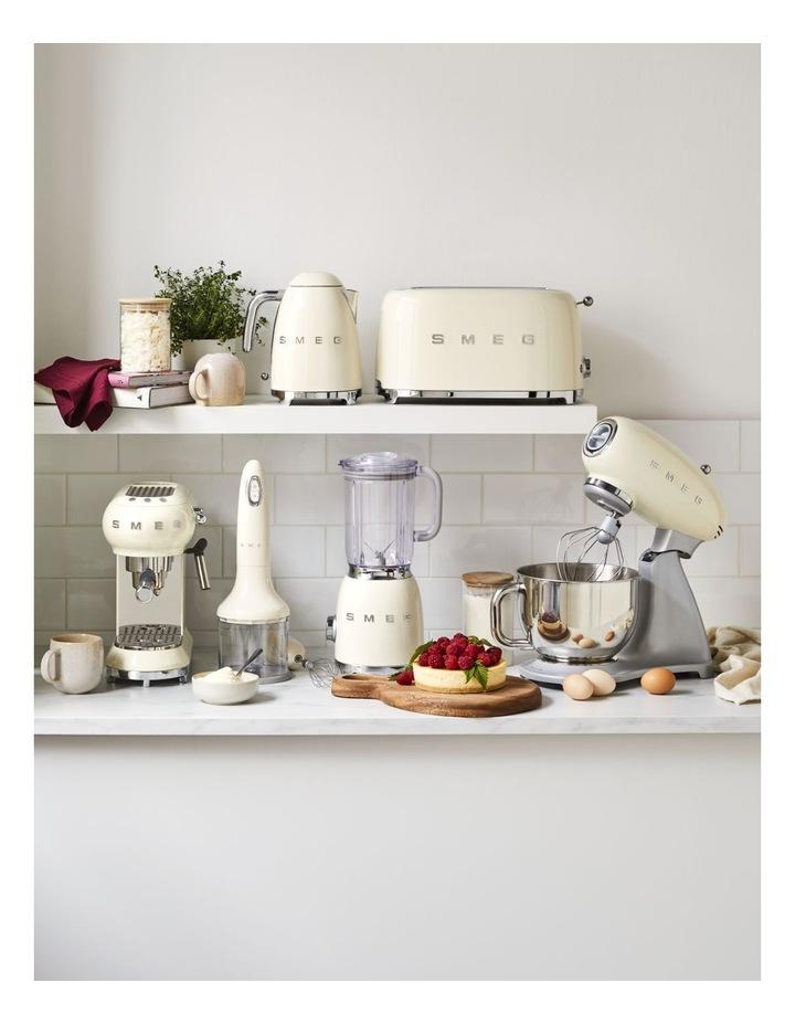 50s Style Manual Coffee Machine in Cream ECF01CRAU image 2