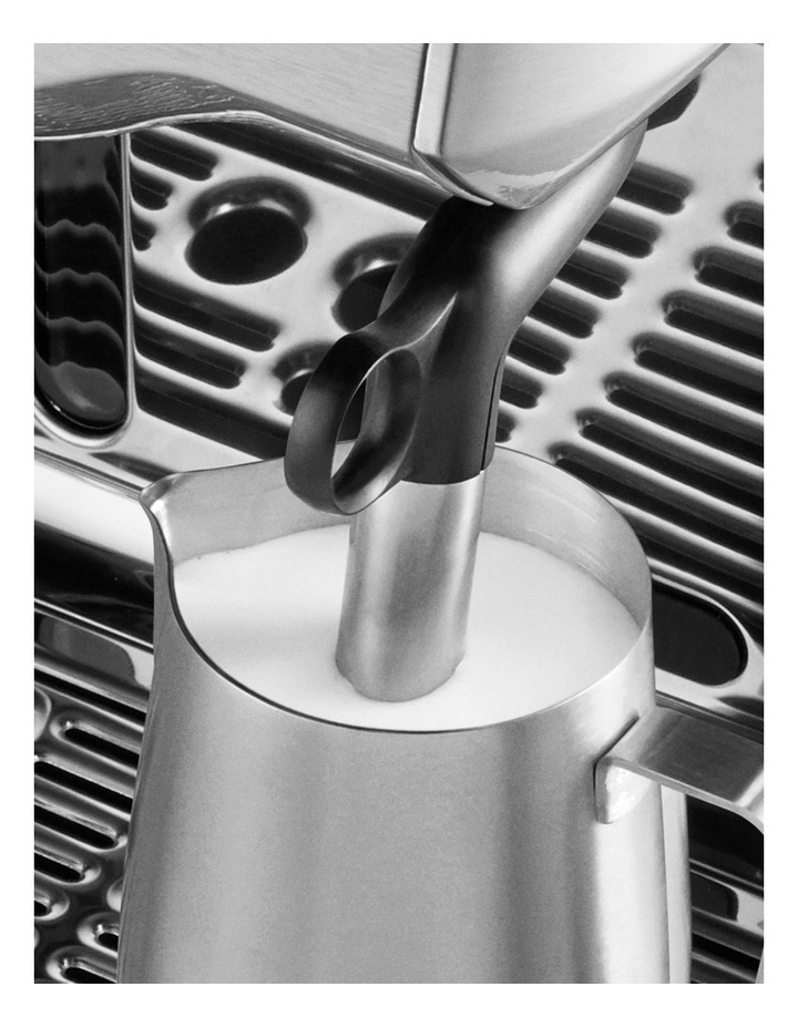 the Oracle Touch Coffee Machine Brushed Stainless Steel BES990BSS image 6