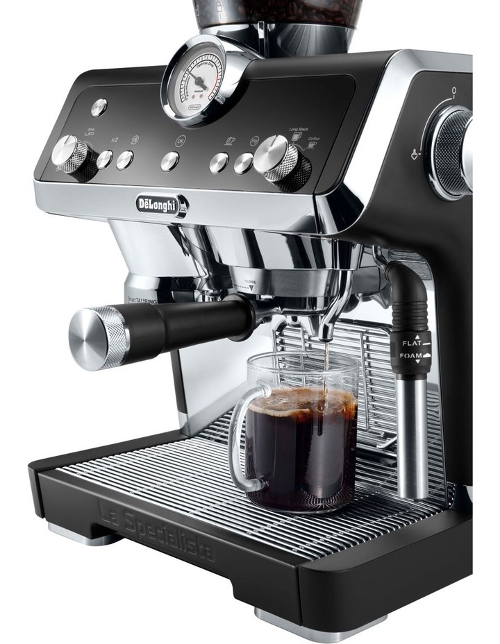 La Specialista Coffee Machine Matt Black EC9335BM image 2