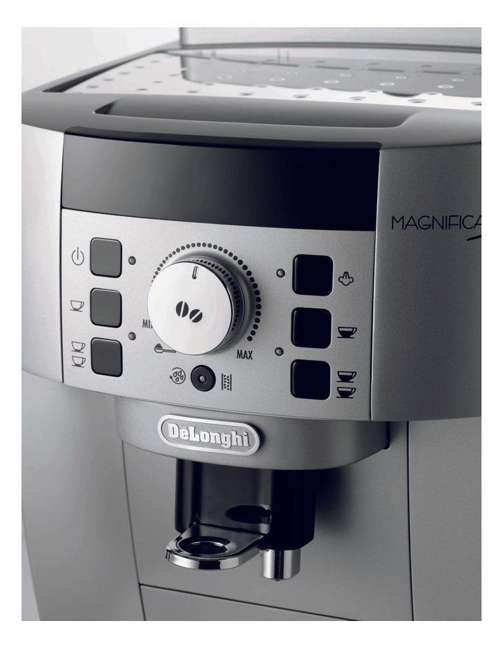 Magnifica S Fully Automatic Coffee Machine Silver ECAM22110SB image 4