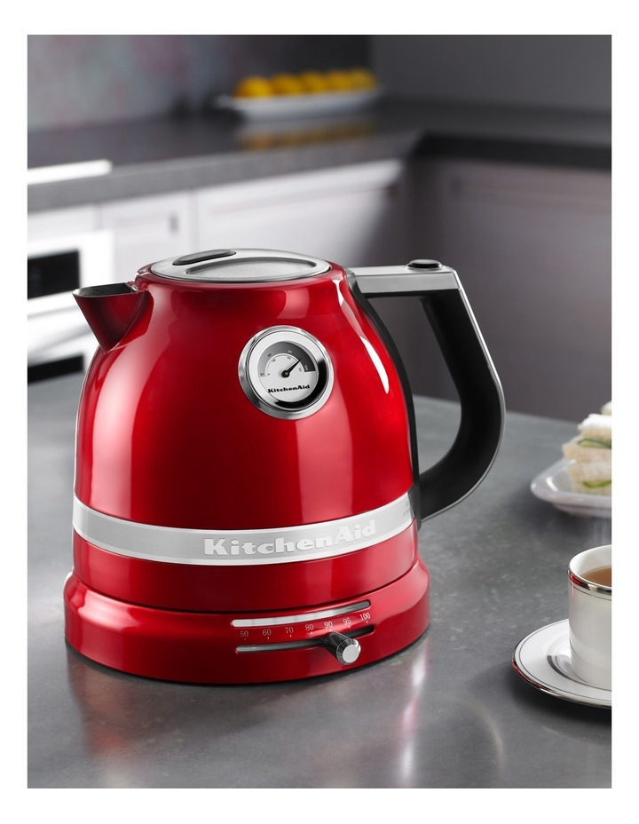 Pro Line 1.5lt Electric Kettle: Candy Red image 4