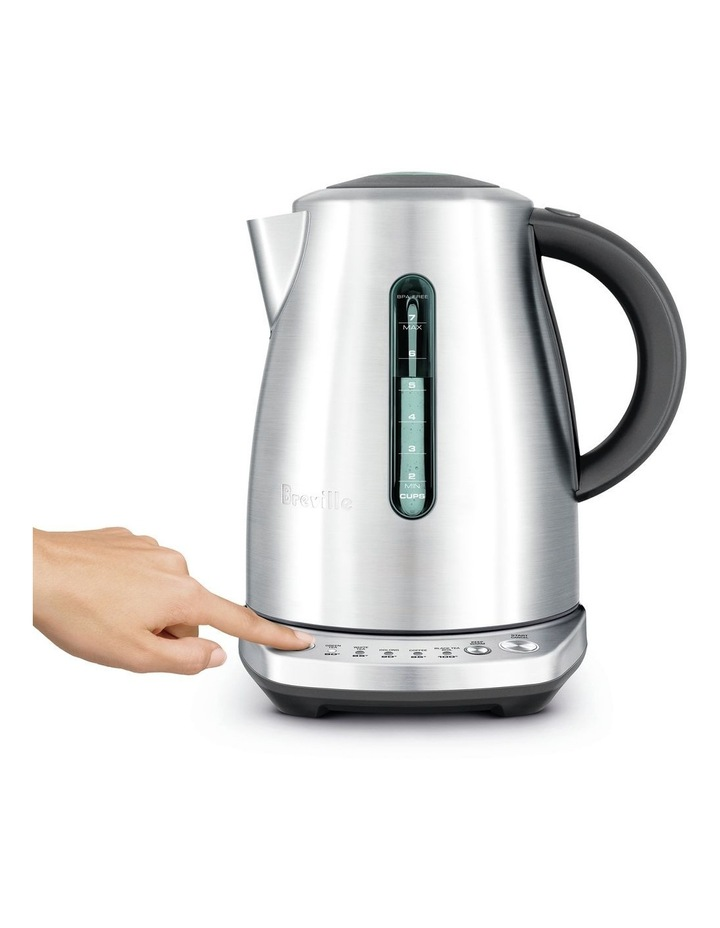 the Temp Select Kettle Brushed Stainless Steel BKE720BSS image 2