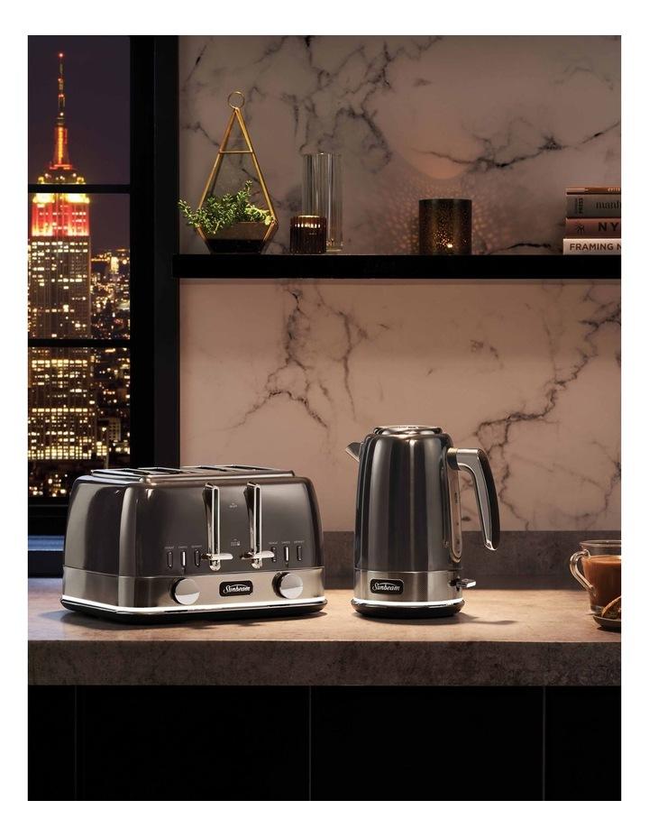 New York Collection Jug Kettle Dark Stainless KE4430GR image 6