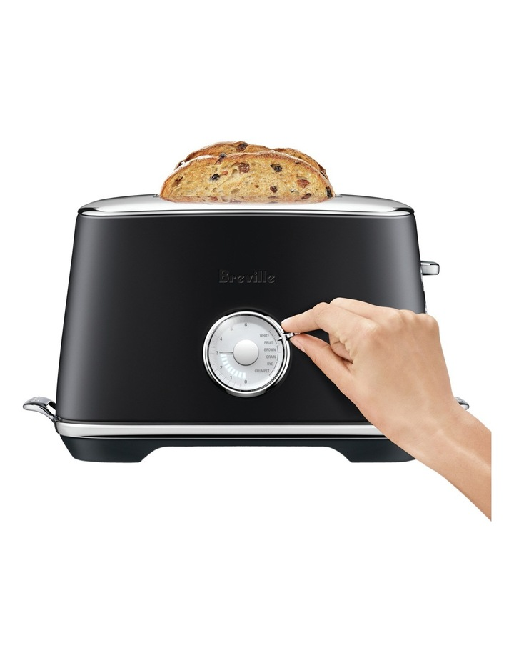 the Toast Select Luxe Toaster Black Truffle BTA735BTR image 3