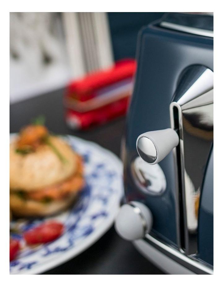 Icona Capitals London 2 Slice Toaster: Blue CTOC2003BL image 4