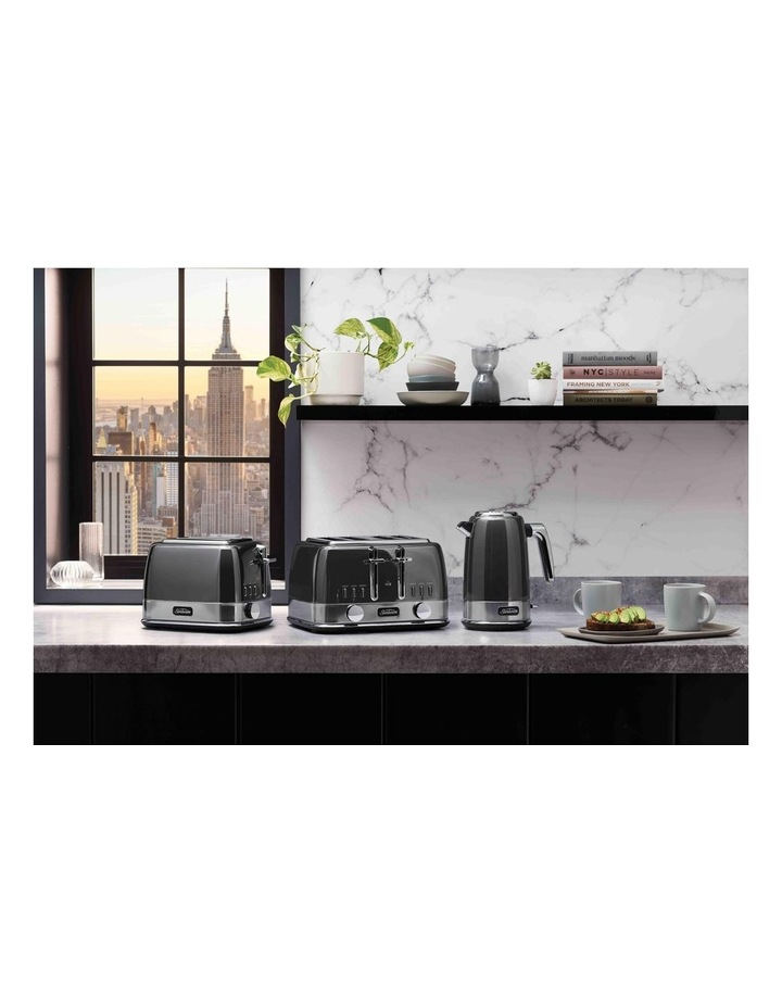 New York Collection 4 Slice Toaster Dark Stainless TA4440GR image 4