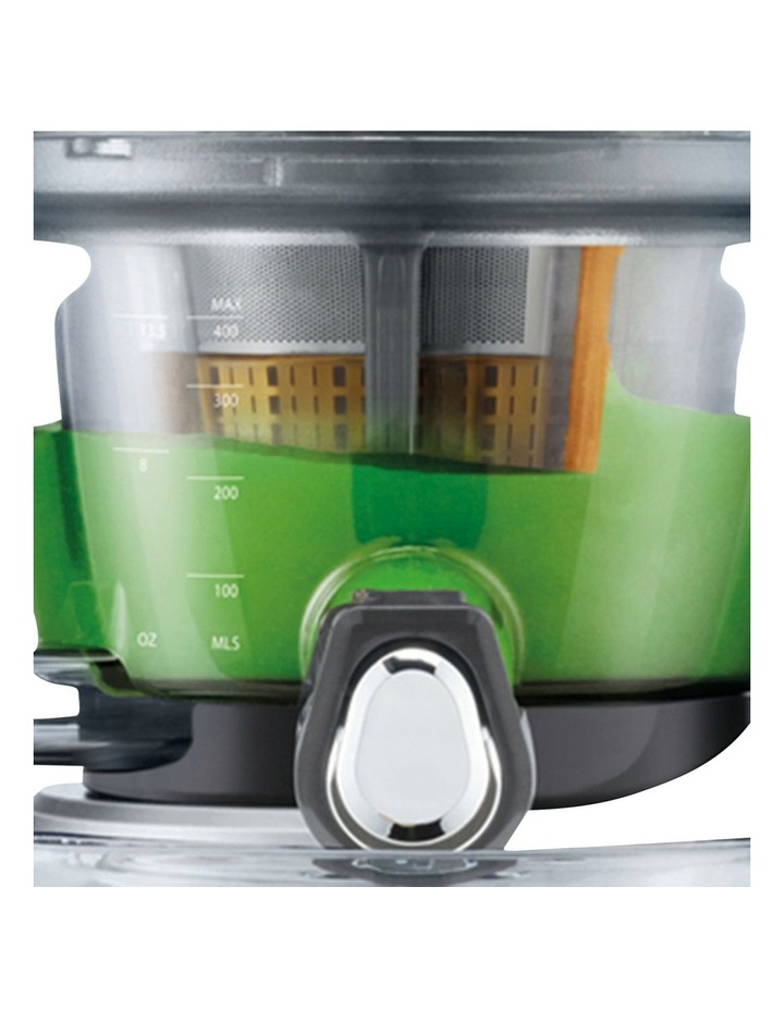 the Big Squeeze juicer Silver BJS700SIL image 3