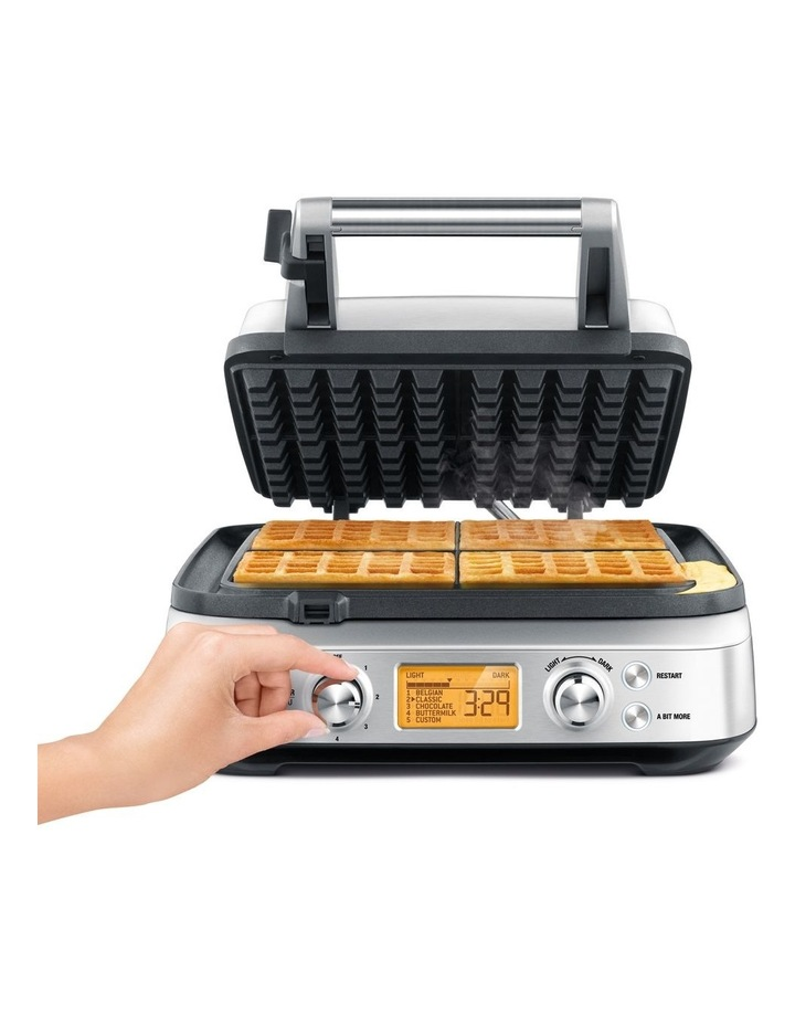 The Smart Waffle Maker: Stainless Steel BWM640BSS image 3