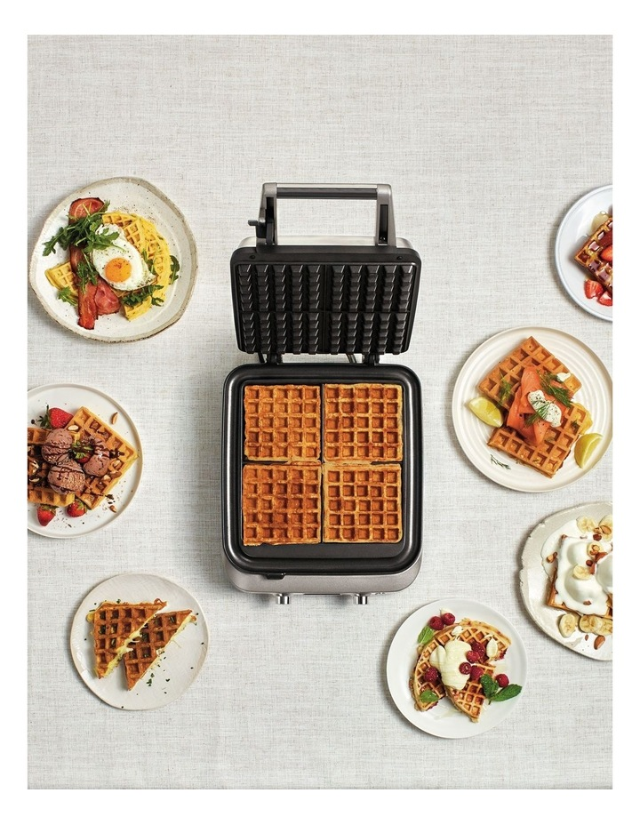 The Smart Waffle Maker: Stainless Steel BWM640BSS image 6