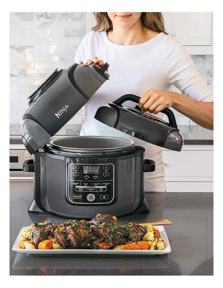 Foodi Multi Cooker Black OP300 image 3