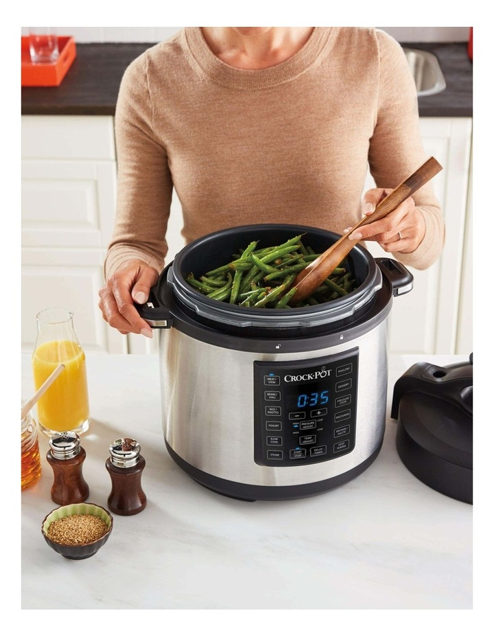 Express Multi-Cooker Stainless Steel CPE200 image 4