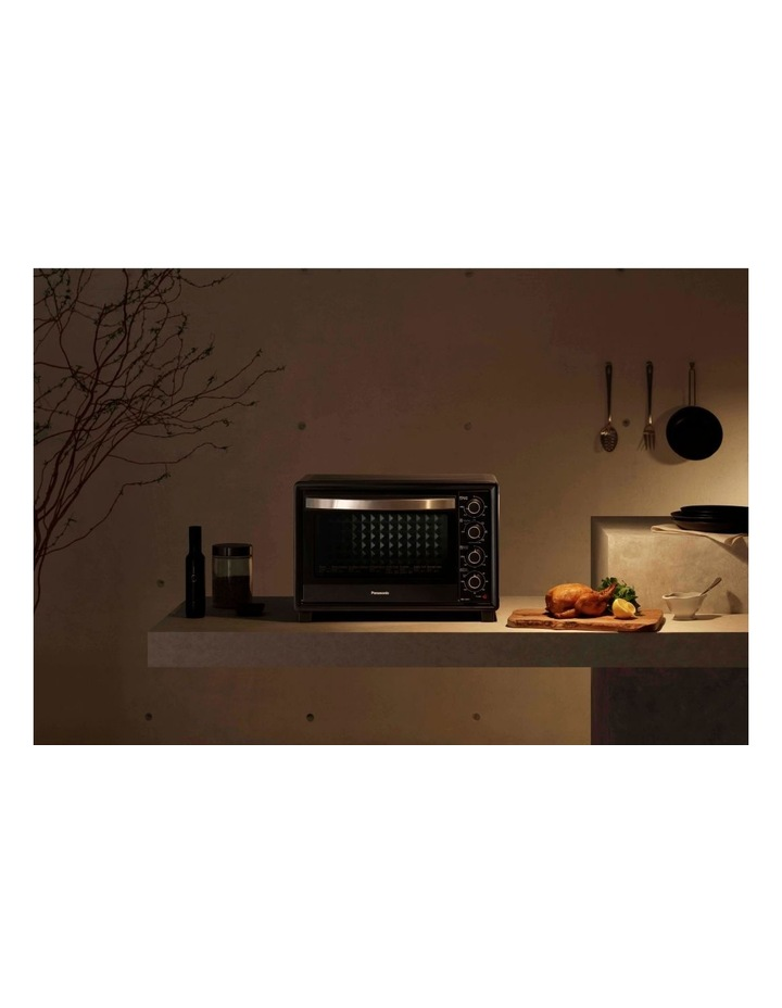 Bench Top Oven Black NB-H3801KST image 2