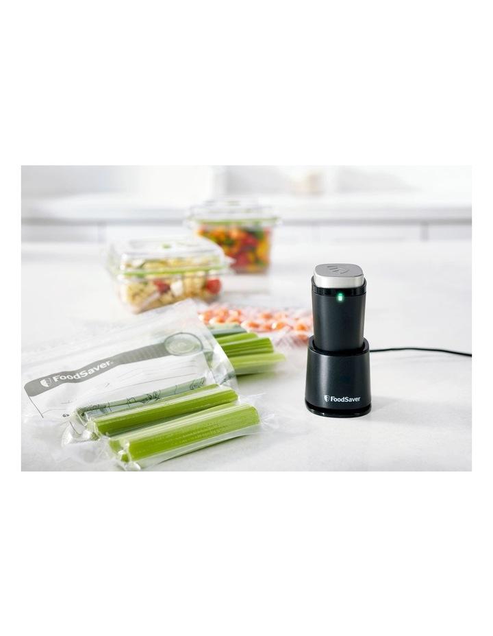 FoodSaver Handheld Vacuum Sealer Set VS1190 image 3