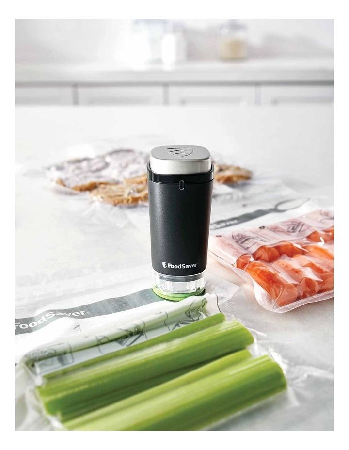 FoodSaver Handheld Vacuum Sealer Set VS1190 image 4