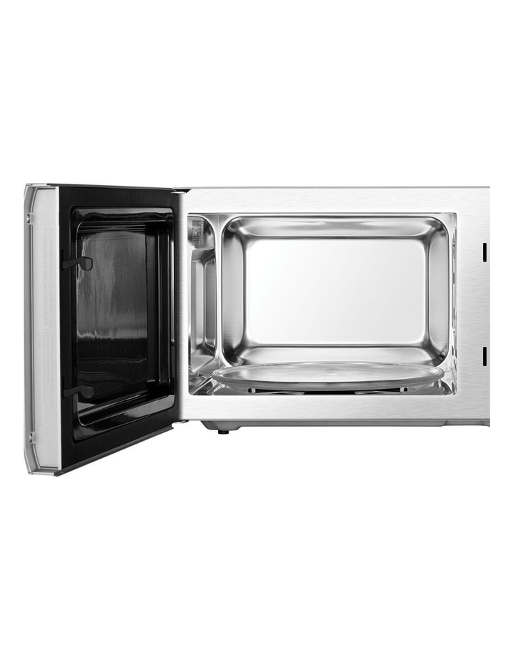 the Quick Touch Microwave Stainless Steel BMO735BSS image 4