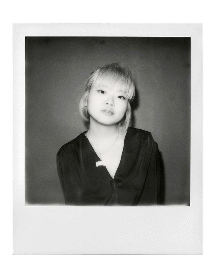 i-Type Instant Black & White Film (Single Pack) image 3