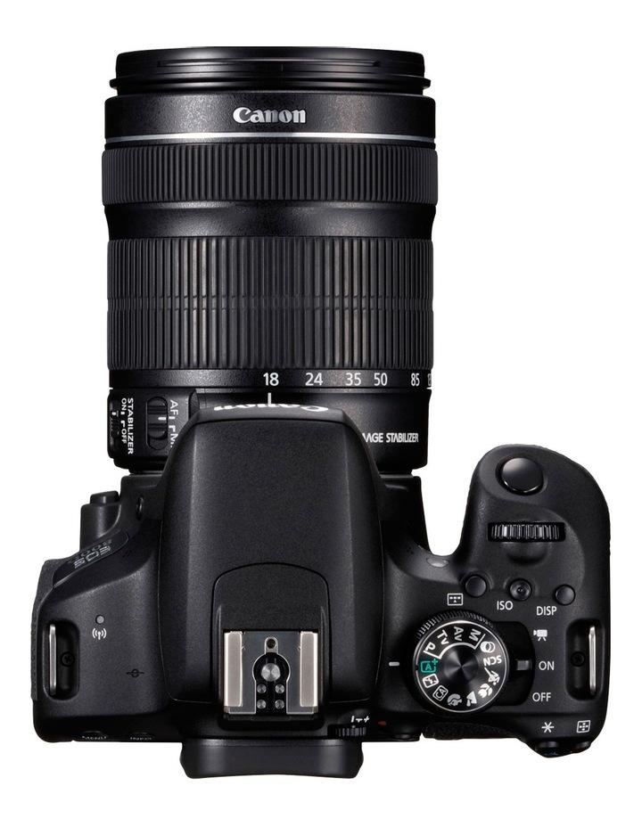 Canon EOS 800D DSLR 18-135mm IS Lens