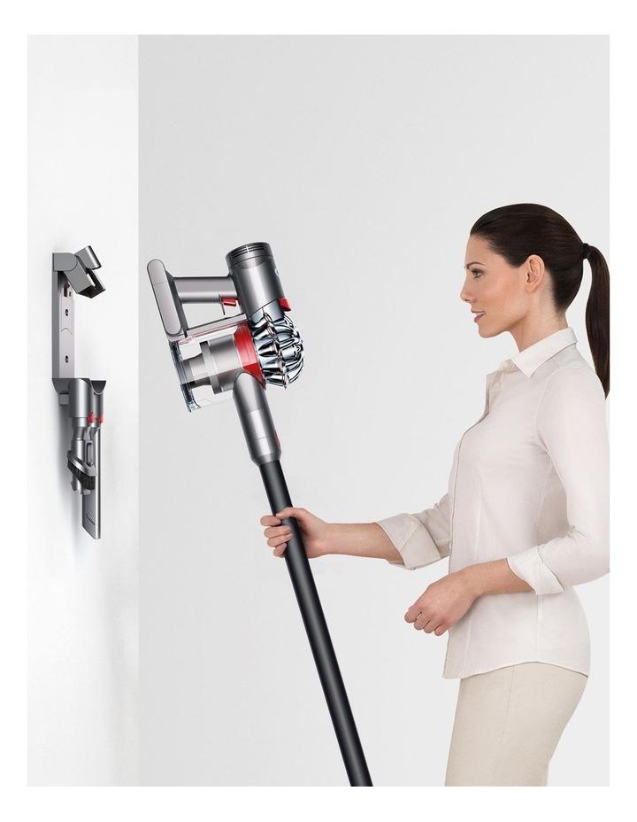 V7 Cordfree Origin Stick Vacuum, Black, 349352-01 image 7
