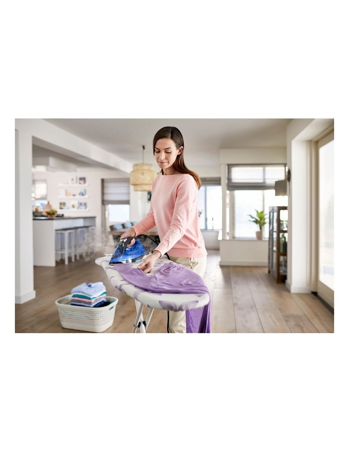 PerfectCare Steam Iron Blue GC3920/24 image 2