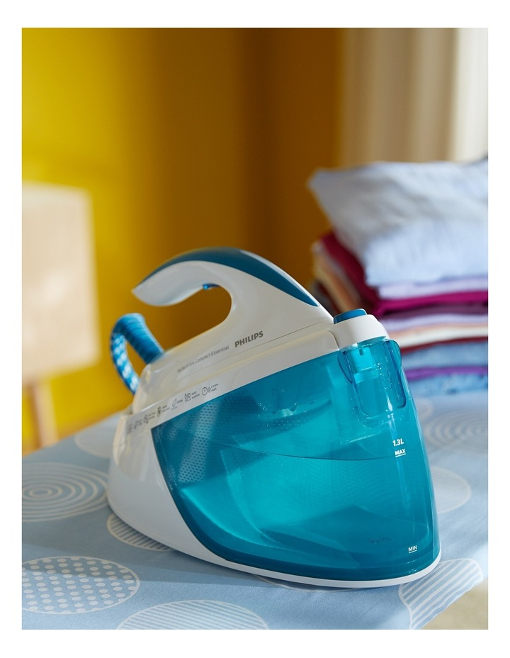 PerfectCare Compact Steam Generator Iron: White/Blue GC6804/20 image 6