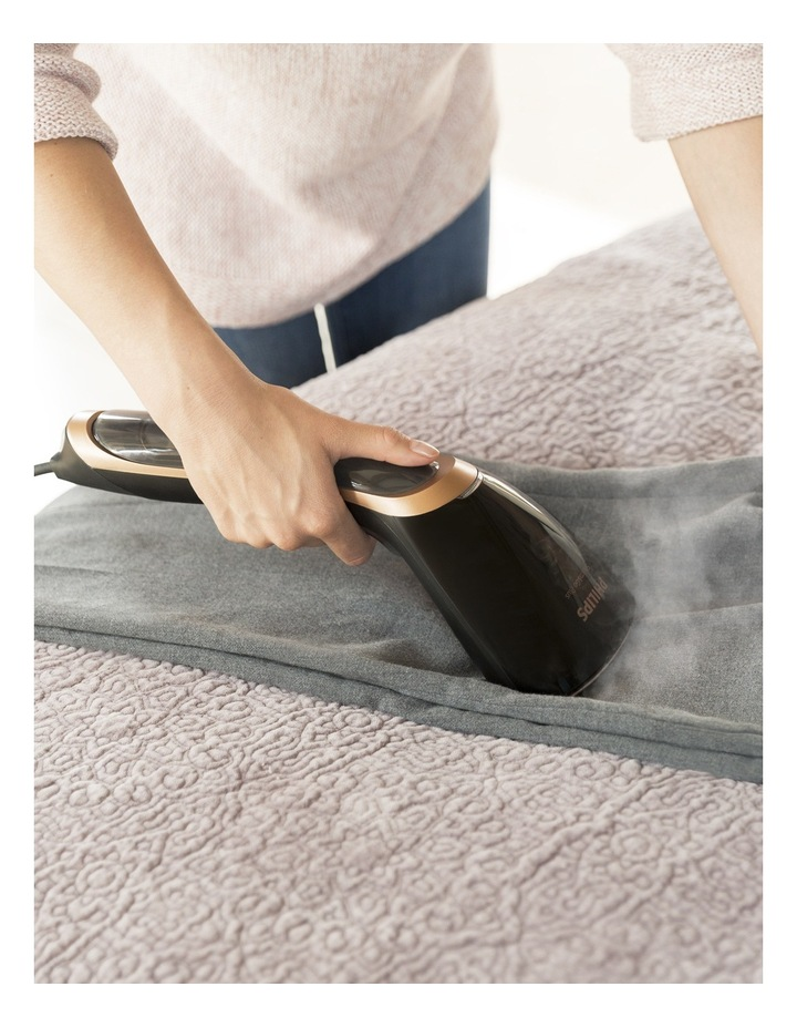 Smartflow Handheld Garment Steamer: Black/Gold  GC362/80 image 6