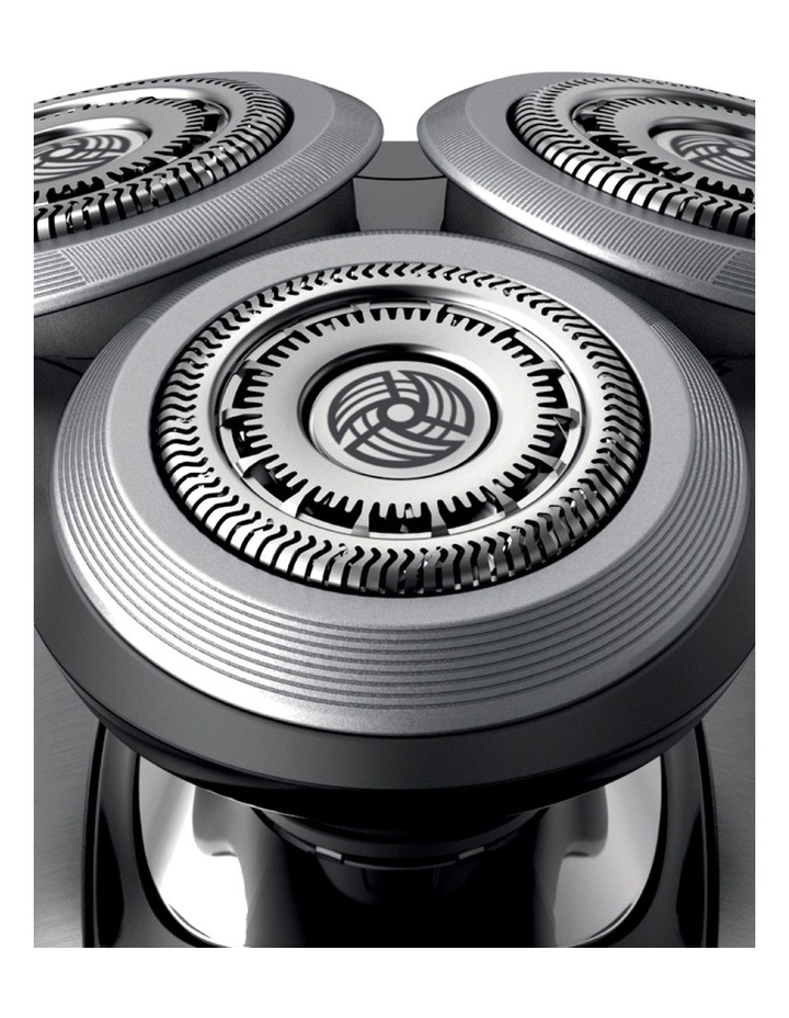 Shaver Series 9000 V-Track PRO Digital Chrome S9711/41 image 3