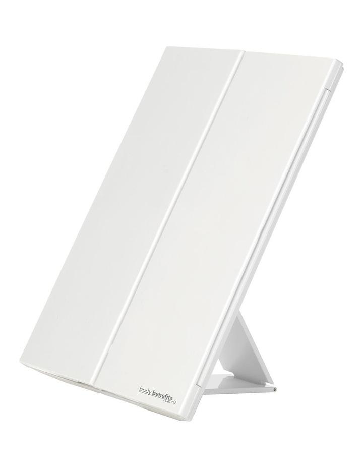 Finesse LED tri-fold beauty mirror - CBETP1A image 2