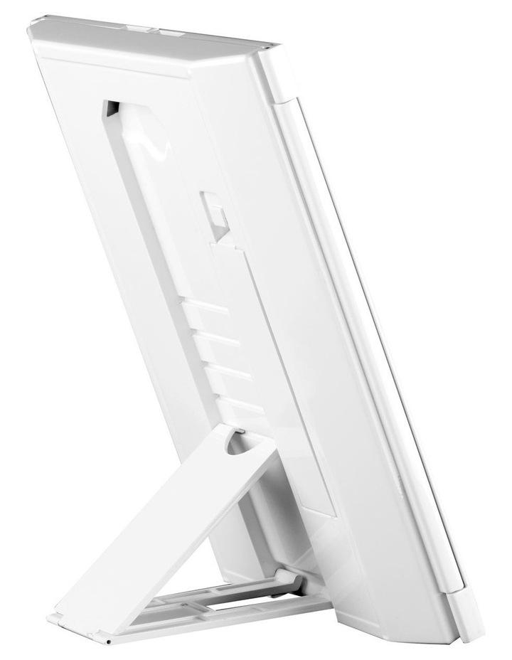 Finesse LED tri-fold beauty mirror - CBETP1A image 3