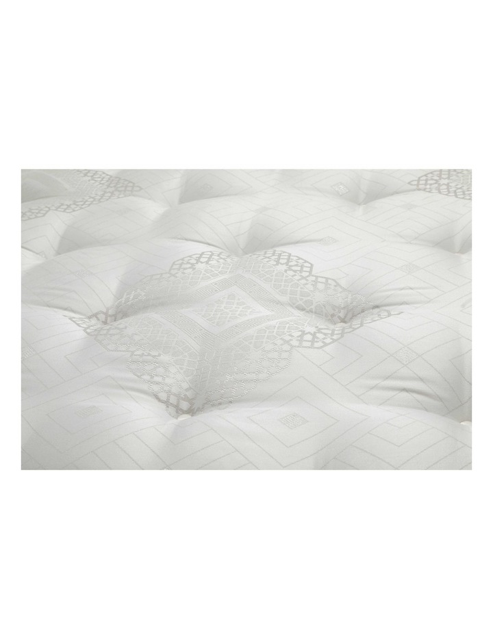 Crown Jewel Posture Plaza Plush Mattress image 4