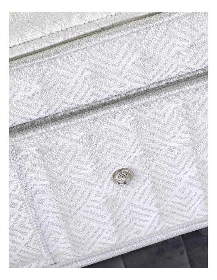 Crown Jewel Lexington Flex Ultra Plush Mattress image 4