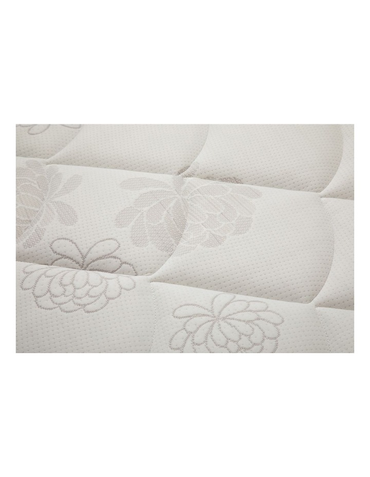 Exquisite Galleria Plush Mattress image 4