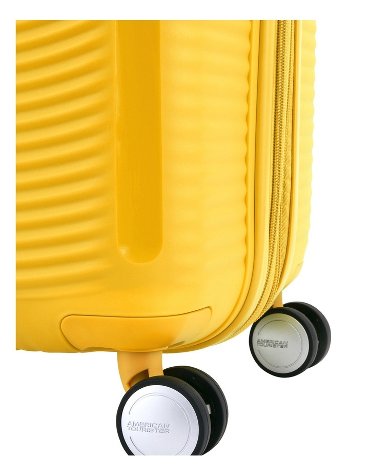 Curio Hard Spin Case 55cm Golden Yellow 2.6kg image 5
