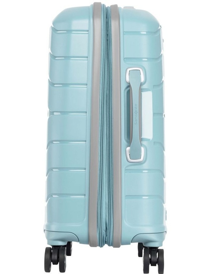 Oc2lite 55cm Hardside Suitcase image 3