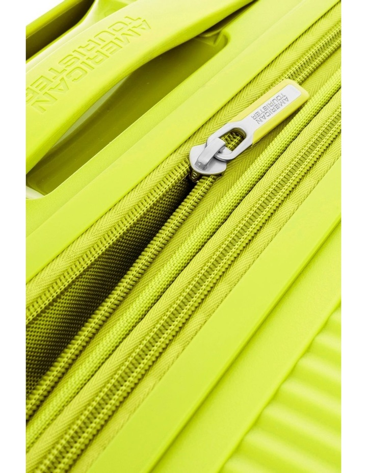 Curio 55cm Small Hard Spin Case - Lime Punch 2.7kg image 4