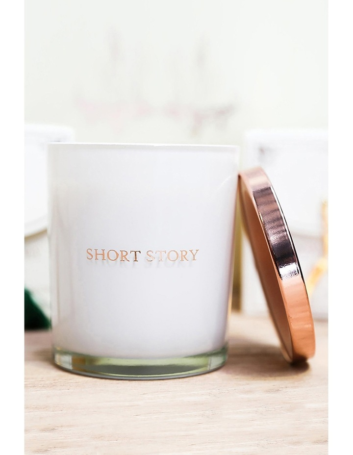 Triple Scented Soy Candle - Marilyn image 3