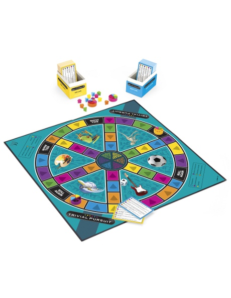 Trivial Pursuit Family image 2