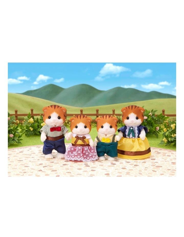 Maple Cat Family image 2