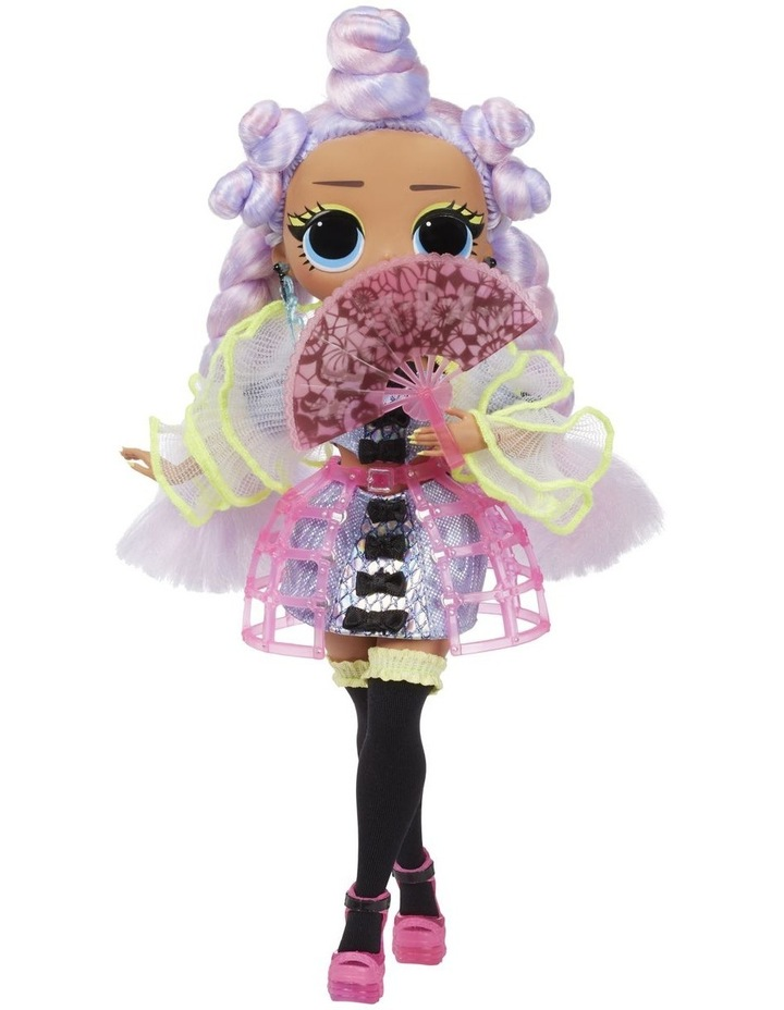 L.O.L Surprise OMG Dance Dance Dance Fashion Doll with 15 Surprises Including Magic Blacklight image 4