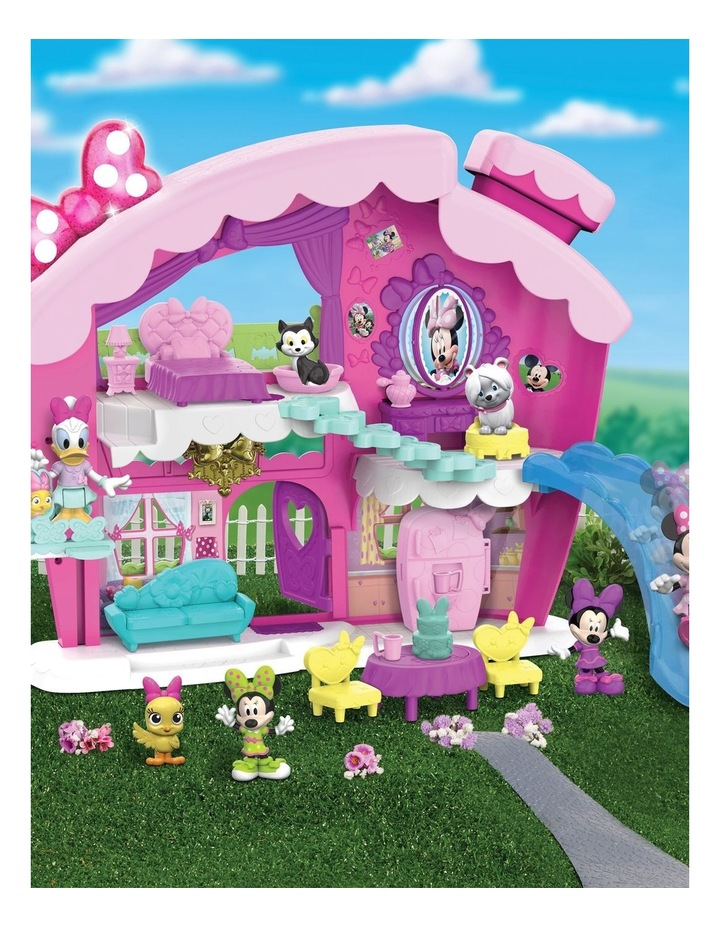 Minnie Fabulous Vacation Home image 4