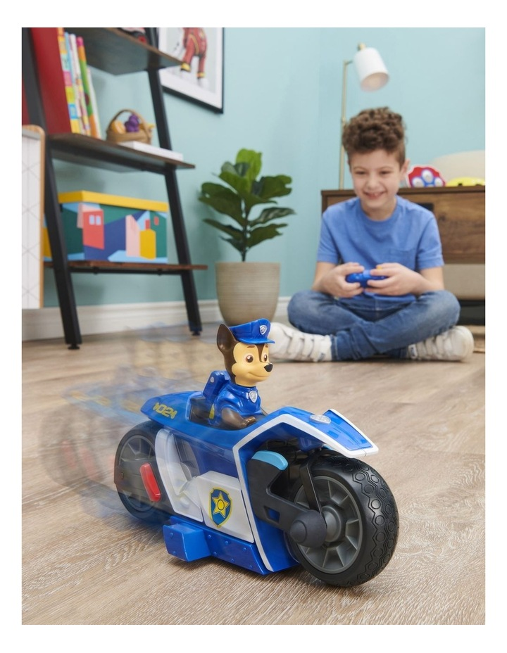 Movie Chase RC Motorcycle image 3